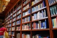 Назван лучший книжный магазин Москвы-2013
