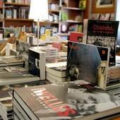 Франция пережила спад книжных продаж