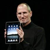 Стив Джобс познакомил мир с iPad