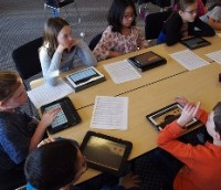 Школьники Лос-Анджелеса переходят на iPad c е-учебниками Pearson
