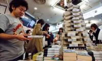 Новый роман Харуки Мураками взбудоражил книжный рынок Японии