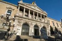 Библиотеки Испании начнут платить за авторские права