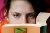 Московские подростки не бросили читать ради Интернета